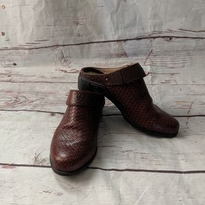 Ariat Leather Woven Clog Size 9